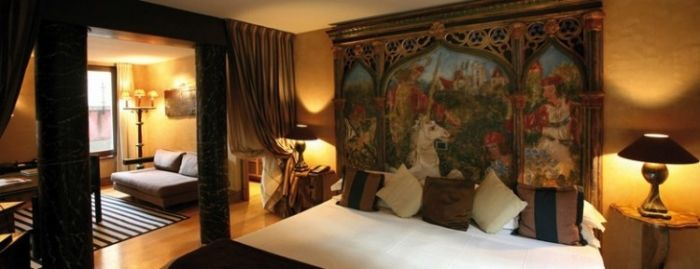Romantic suites at Cour des Loges