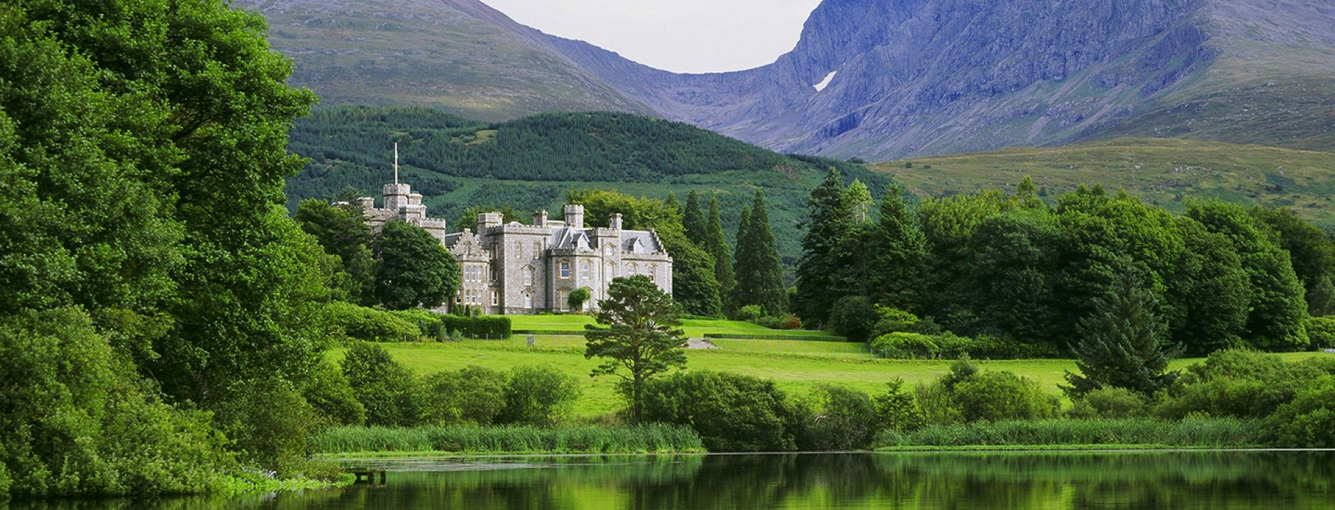 The Inverlochy Castle Hotel iswidely considered one of the worl