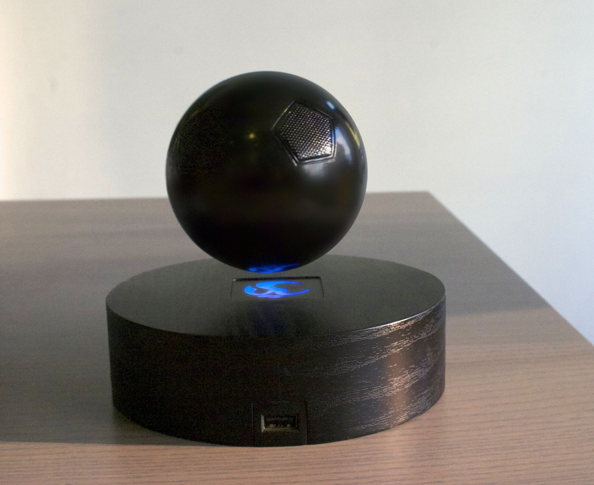 OM/ONE,levitating Bluetooth speaker