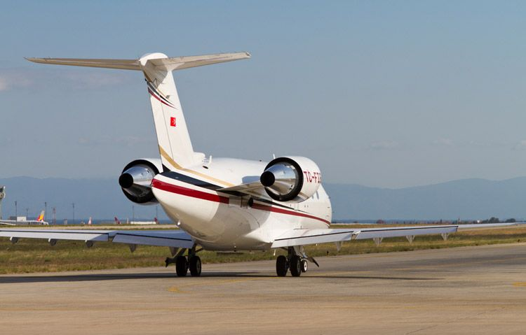 Own It: Wow Friends With Your Personal Challenger 604 Jet