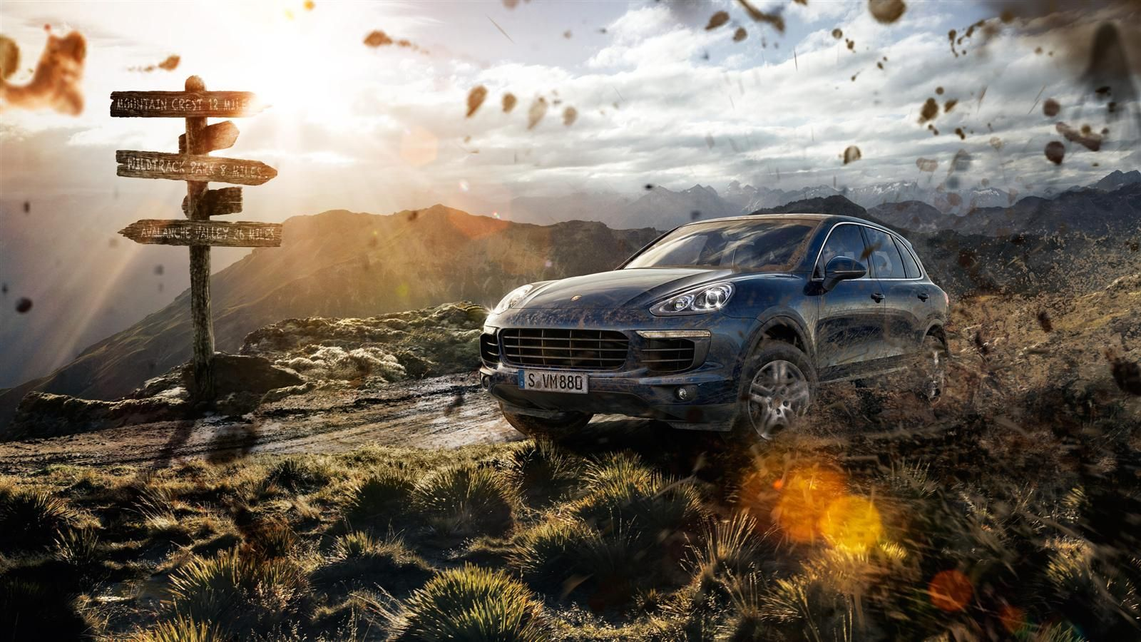The 2015 Porsche Cayenne S E-Hybrid turbo