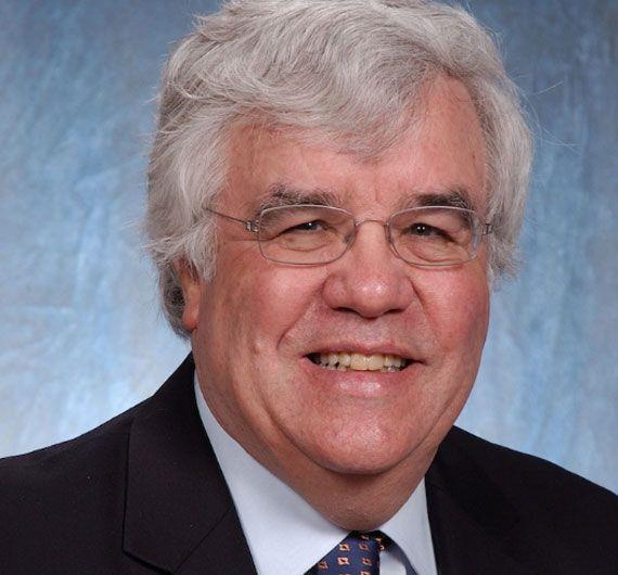 bob shullman of Shullman Research Center