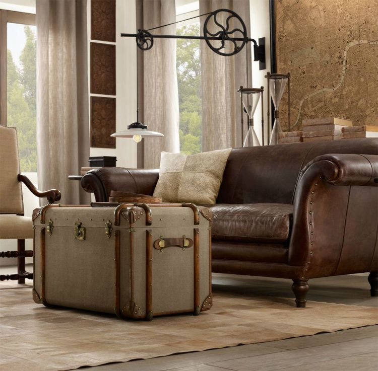 Old Trunks Decor Ideas Living Rooms Leather Couch