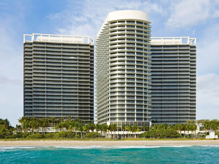 The St. Regis Bal Harbour Resort beach view