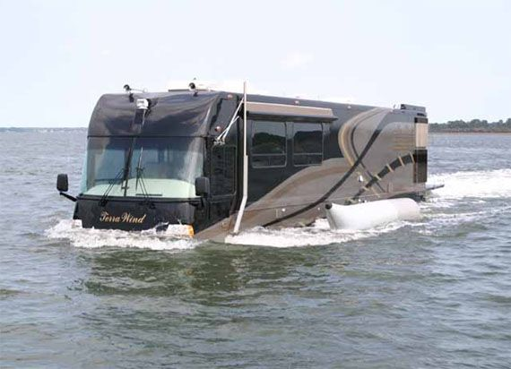 Terra wind rv an amphibious motor coach and yacht in one for Million dollar motor coaches