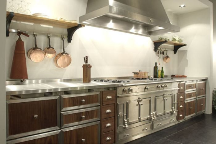 Best Kitchen Appliances, Luxury Kitchens, Designer / Custom