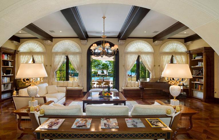 Ville Lussuose Interni Of Villa Contenta In Miami