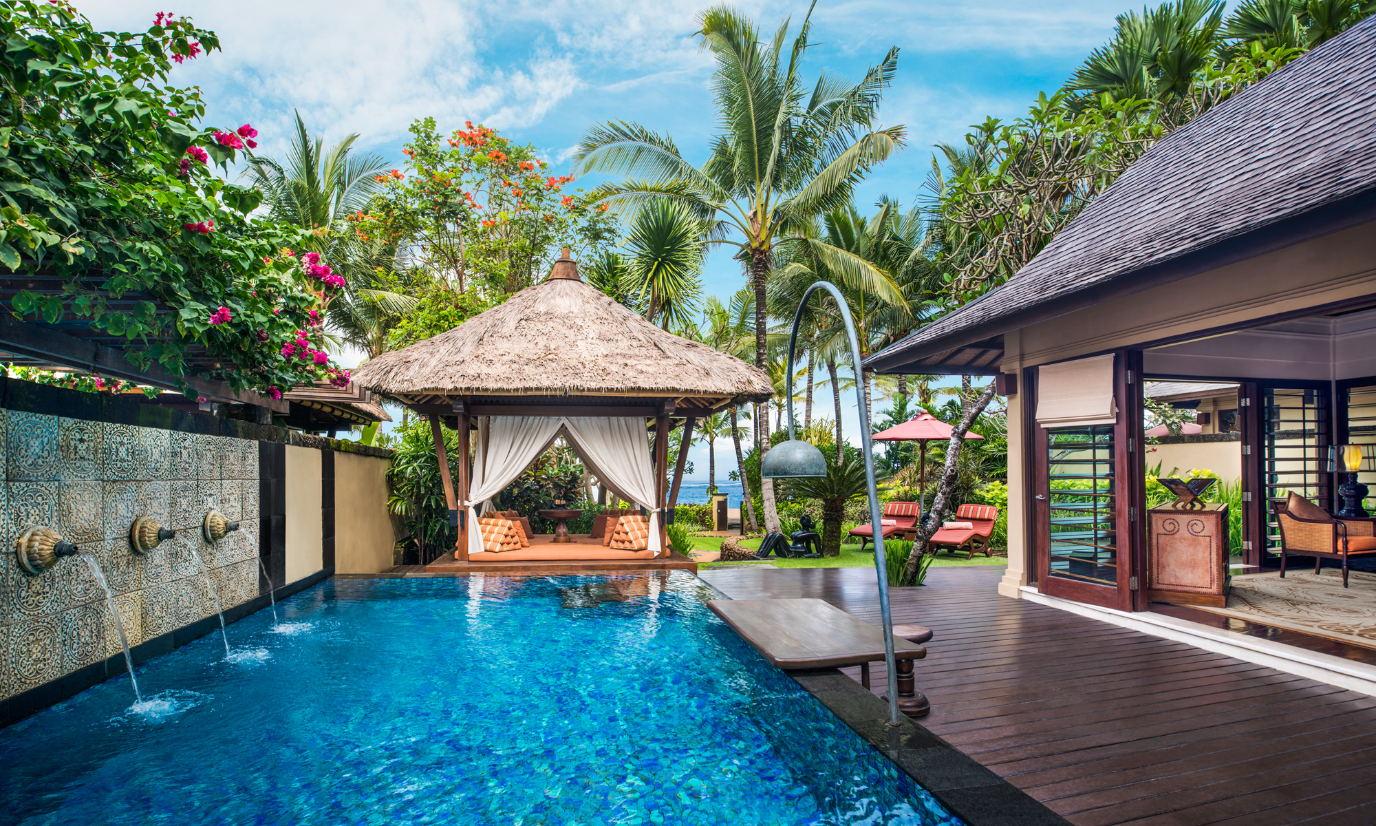 The st regis bali resort in bali for Motel luxury