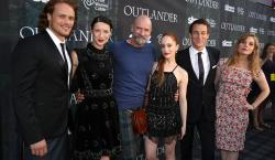 Is <i>Outlander</i> Starz's Answer to <i>Game of Thrones</i>? Network Premieres Epic New Series at San Diego Comic Con