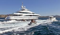 Inception Yacht Comes With a Full Set of Water Toys, 12-Person Jacuzzi & Master Suite Infinity Pool