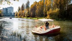 Joyboat is an Electric Day Cruiser You Can Drive With a Joystick