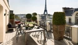 Visiting the Champs-�lys�es: A Look at 2 Newly-Renovated Hotels in the Heart of the District