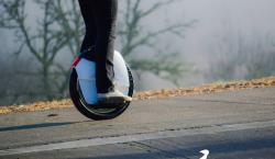 We Will Be Impressed If You Don't Fall Off This Totally Cool Gyro-Stabilized Unicycle