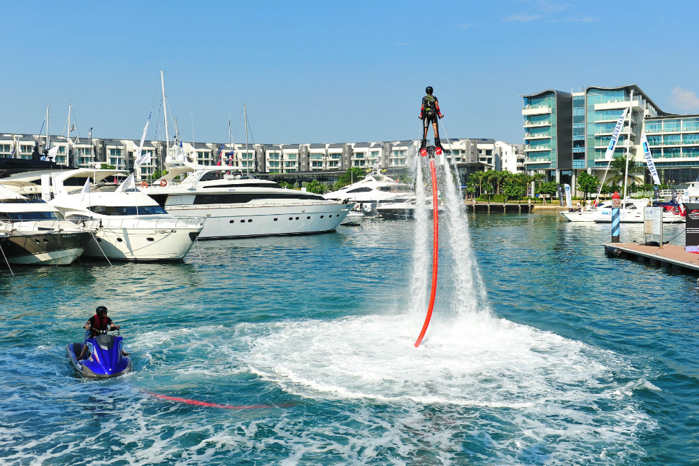2013 Singapore Yacht Show Demonstration