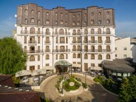 Bucharest's Hotel Epoque Beckons Guests with Fine Dining, Tranquility and Location