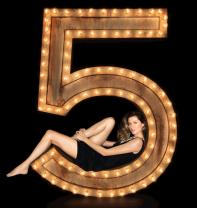 The One That I Want: Gisele B�ndchen Has It All in New Chanel N�5 Campaign