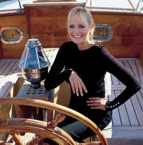 Supermodel Twiggy Named Godmother of New Emerald Waterways' Cruise Ships