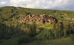 The Renovated Ritz-Carlton, Bachelor Gulch Adds a Contemporary Feel to the Classic Lodge