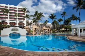 Fresh Fare & Updated Villas Give The Fairmont Kea Lani a Rejuvenated Feel