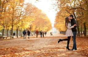 7 Romantic Fall Foliage Destinations to Visit With Your Darling This Autumn