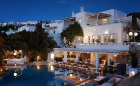 We Explored the Belvedere Mykonos Hotel Just For You, Here's What it Has to Offer