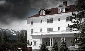 5 Glamorously Haunted Hotels to Put You in the Halloween Spirit
