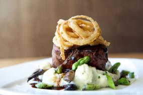 The Southern Steak & Oyster Should Be On Your Dining List When Heading to Nashville