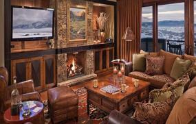 Moving Mountains Specializes in Catered Chalet Concept For Custom Colorado Vacations