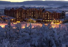The 2,400-Sq.-Ft. Penthouses at Steamboat Grand Hotel Are What Luxury Ski Vacations Are All About
