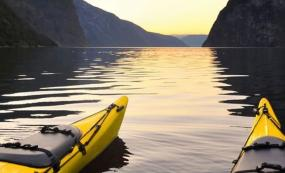 Seabourn Adds Zodiac Shore & Kayak Excursions to Trip Offerings