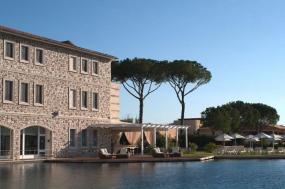 Find Healing in the Thermal Baths of Terme di Saturnia Spa & Golf Resort
