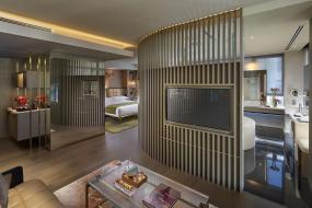 Here's Your First Look at the Landmark Mandarin Oriental Hong Kong's New Nature-Centric Rooms