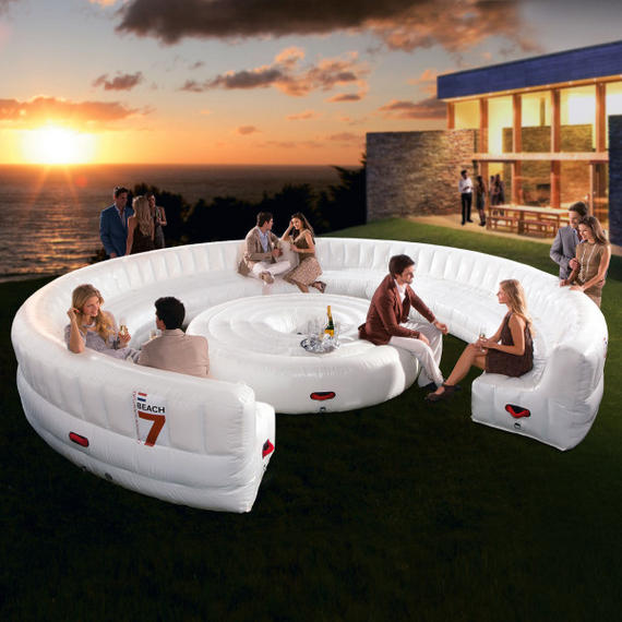 Entertainment Areas More Relaxed But Stylish And Luxe: The Ultimate Backyard Party Toy: Beach7 AirLounge XL