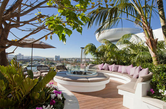 8500 burton way penthouse listed in los angeles for Penthouse in los angeles