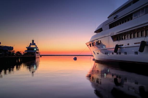 fueling yachts