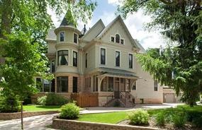 mary tyler moore show house for sale