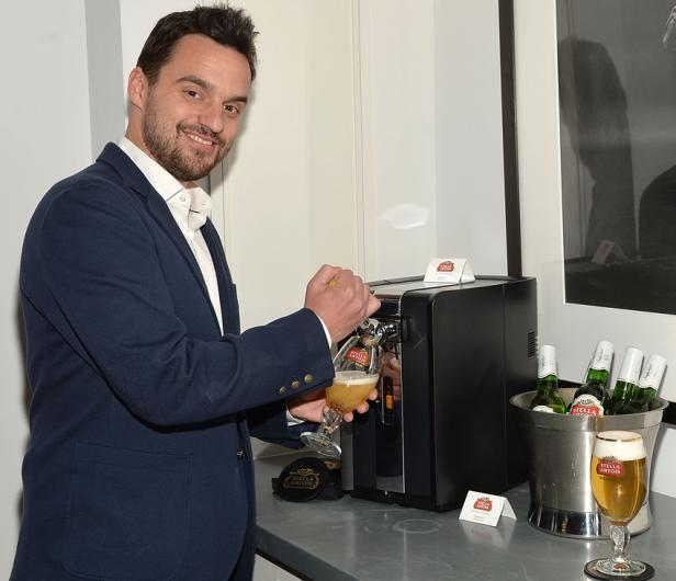 Jake Johnson, stella artois, perfectdraft
