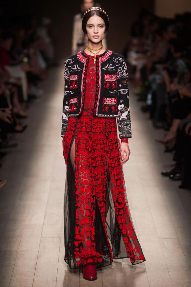 Valentino runway paris fashion week