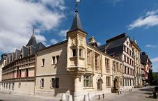 De Bourgtheroulde