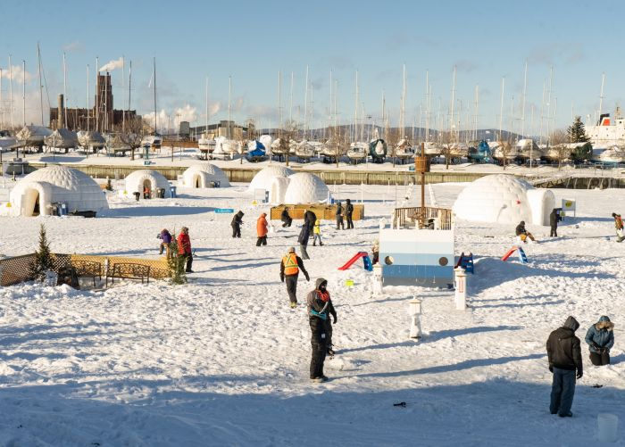 ice fishing, quebec