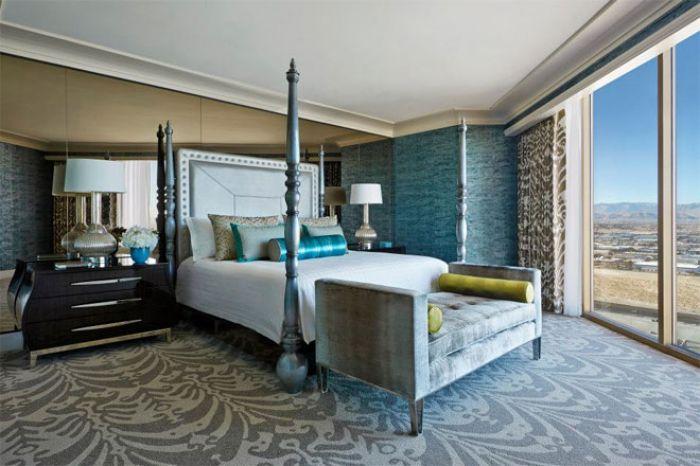 suites at four seasons las vegas