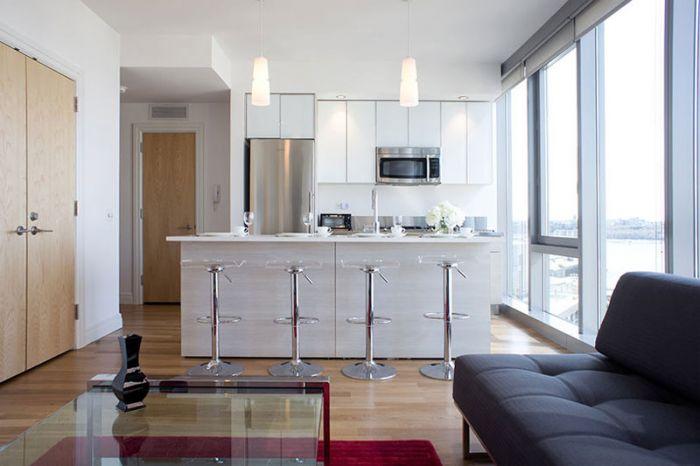 mercedes house suite 1545