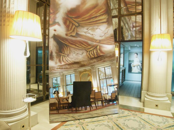 Le Meurice Shows Off Classic Parisian Style With Philippe Starck Design
