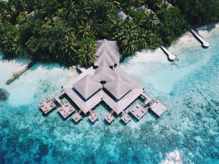 Escape to The Maldives With This Opulent Itinerary