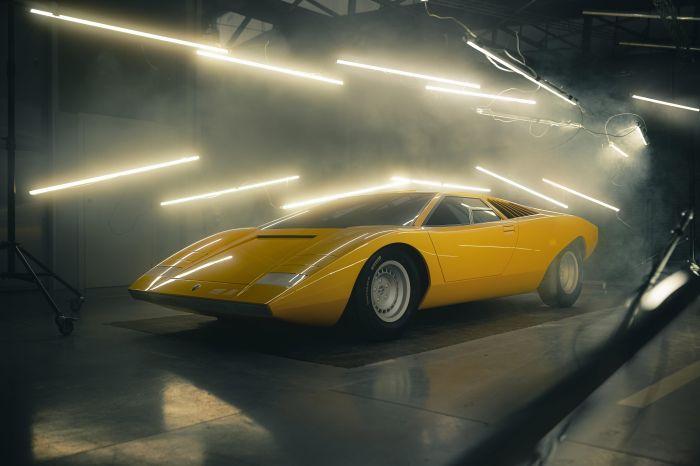 The Lamborghini Countach LP 500 concept reconstructed!