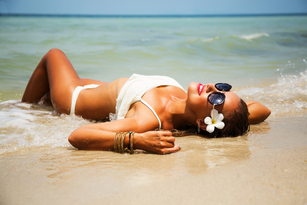f5102eaa20167 How to Find the Sexiest Swimsuit for Your Body Shape This Season